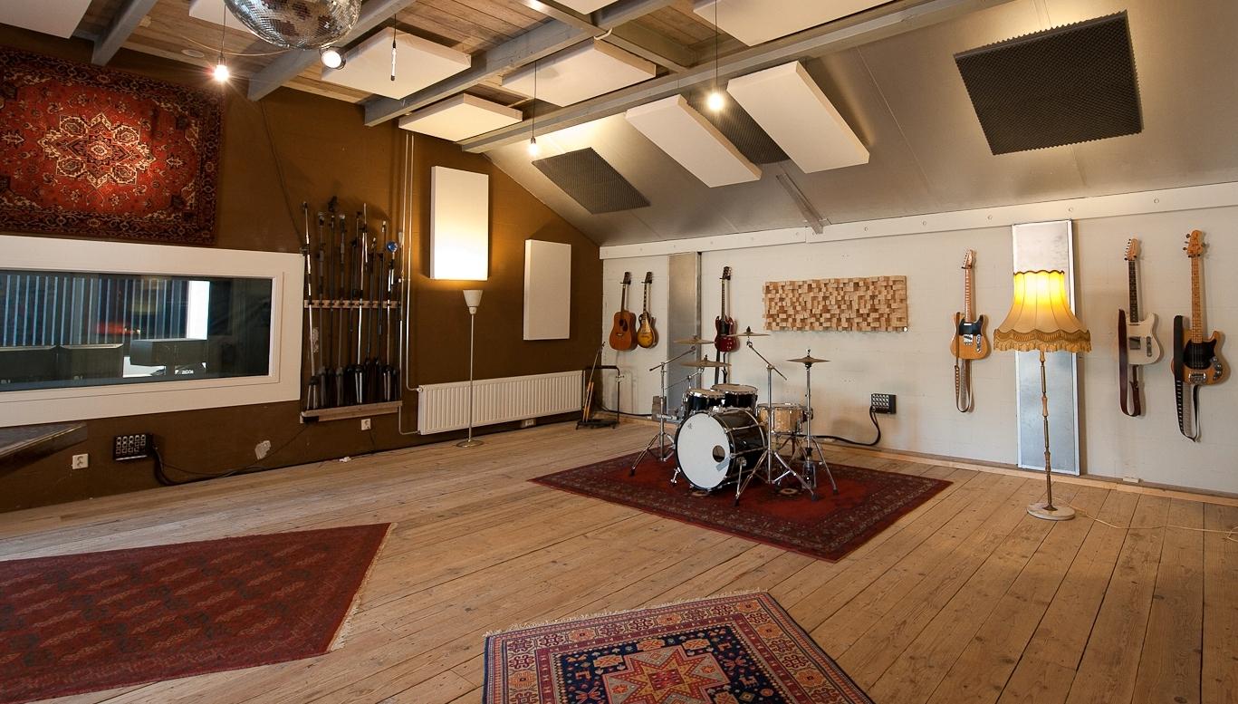 live room van recording studio peggy51