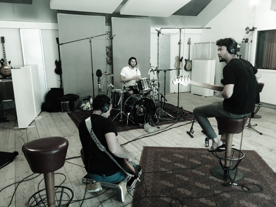 Roots Palmera in recording studio