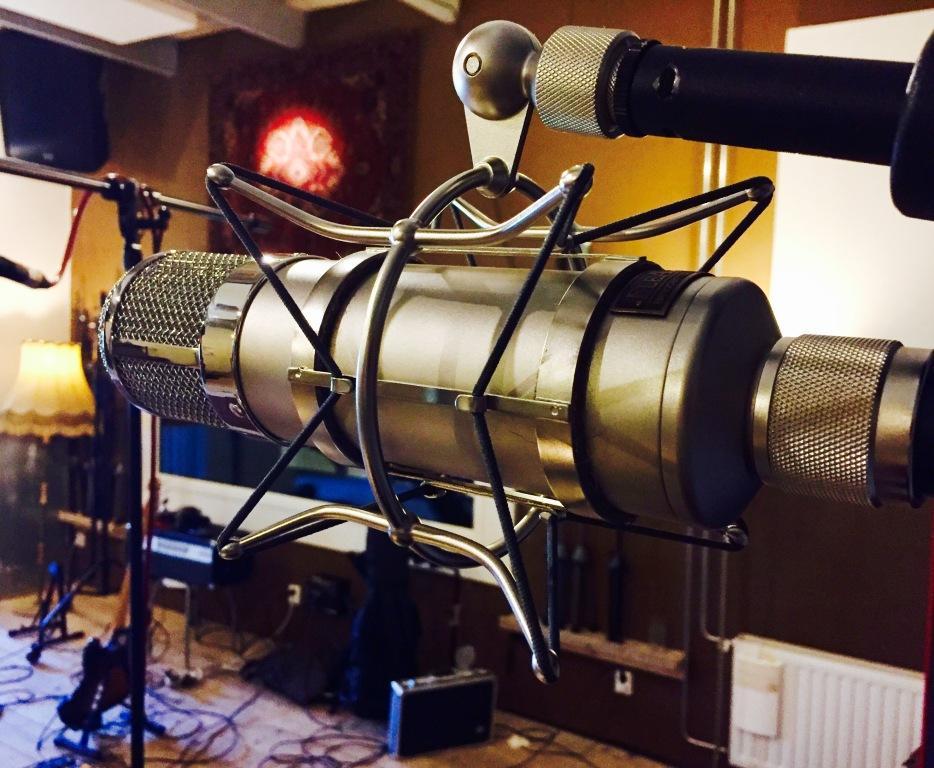Flea 47 as drum overhead microphone
