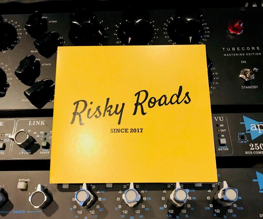 EP Risky Roads opgenomen en gemixt bij Studio peggy51